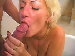 Mature gets mouthful by amateur guy