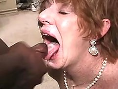 Horny mature gets cum