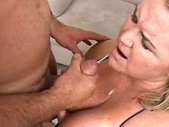 Blonde BBW gets cumload after fuck